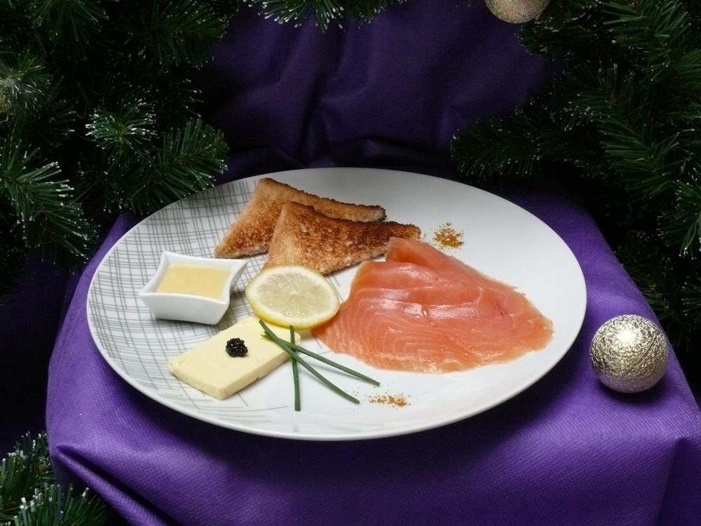 http://www.vici-restauration.com/wp-content/uploads/saumon_fume_CE_12decembre.jpg